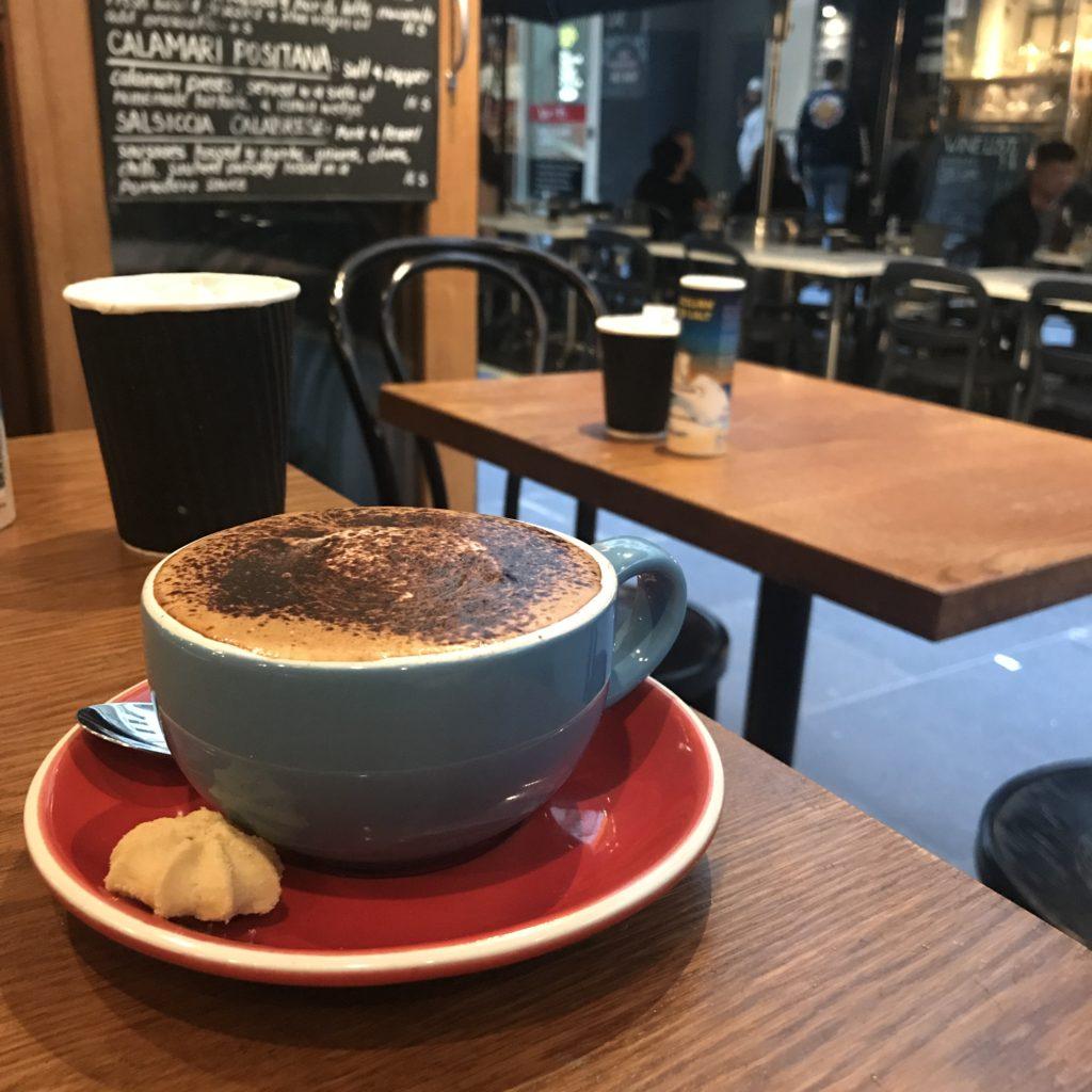 喫茶とカフェ